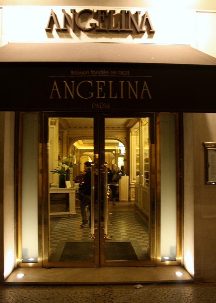 Hot chocolate and clairs at angelina paris - Salon de the angelina paris ...