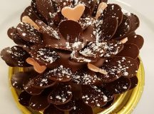 Hibiscus Gingerbread Pinecone for Valentines Day dominiqueansellondon  London bakeryhellip