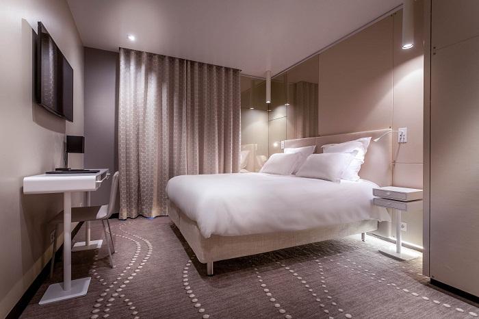 Hotel Felicien Paris Pearl Room