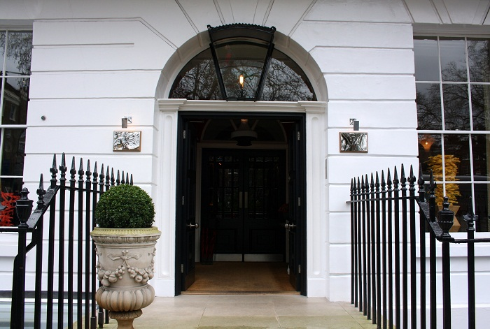 Dorset Square Hotel with HotelTonight