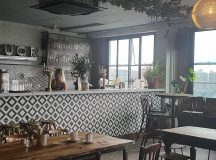 Love the cool industrial interiors mortyandbobs Im already plotting myhellip