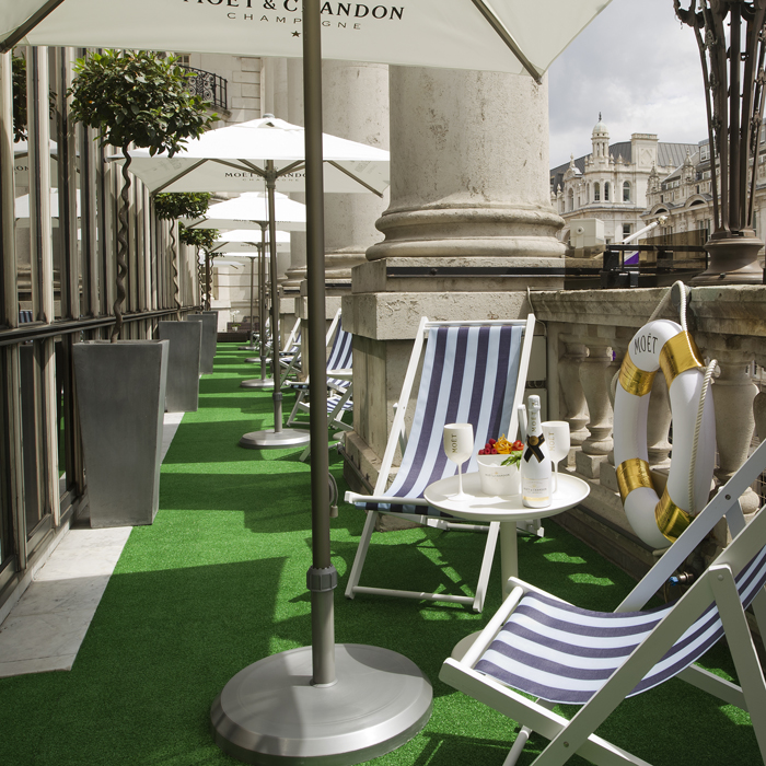 mo t chandon summer terrace at le m ridien piccadilly. Black Bedroom Furniture Sets. Home Design Ideas