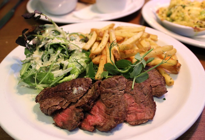 Iffley Blue Onglet steak and fries