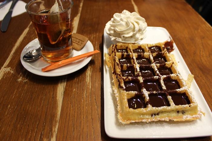 Maison Dandoy Brussels waffle
