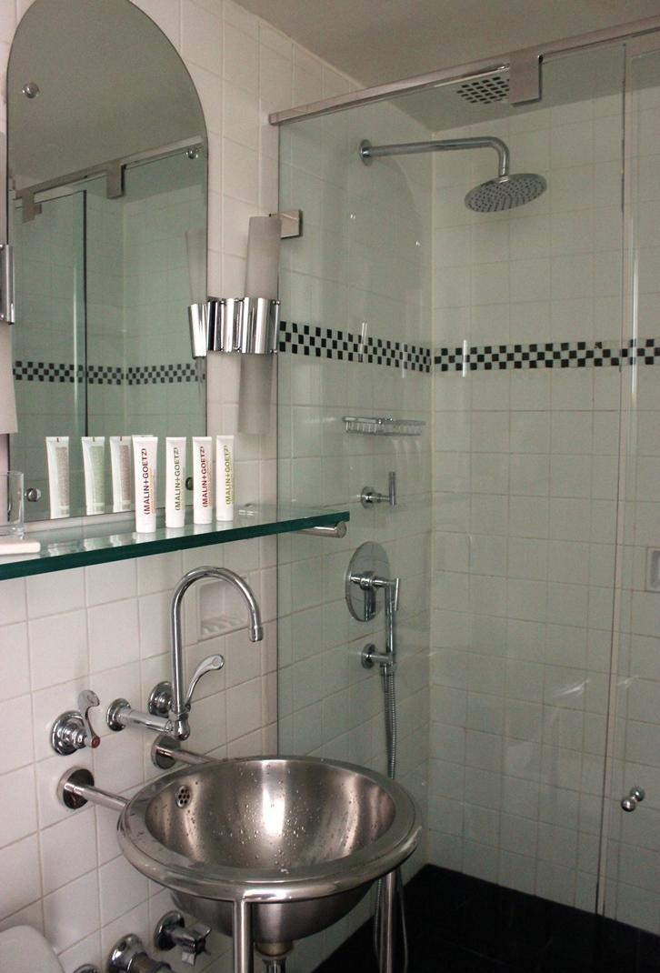Morgans Hotel New York bathroom